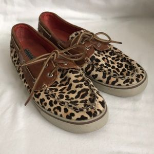 SPERRY TOP-SIDER leopard print leather boat shoe